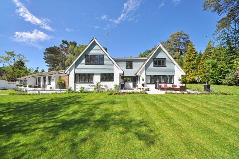 organic lawn care, landscape design, grand rapids